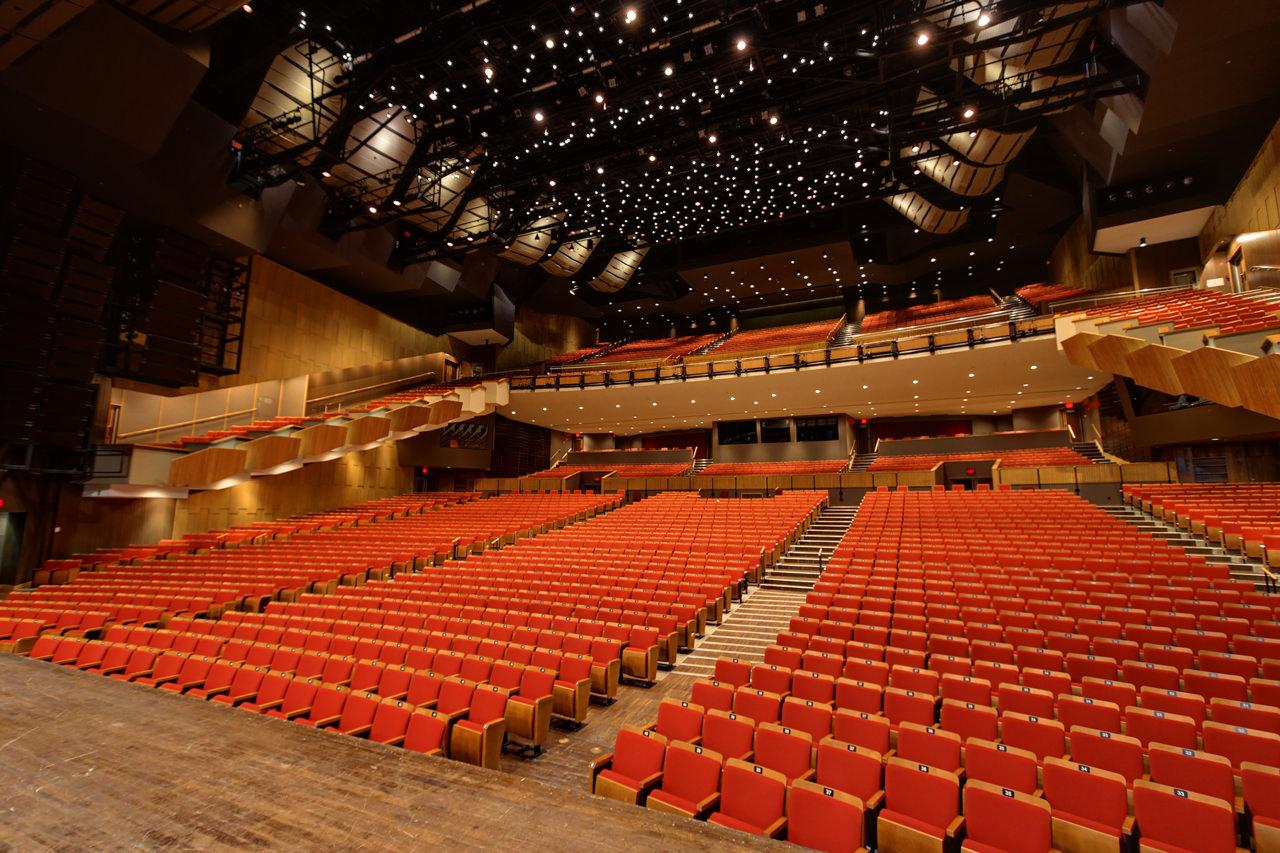 queen-elizabeth-theatre-vancouver1