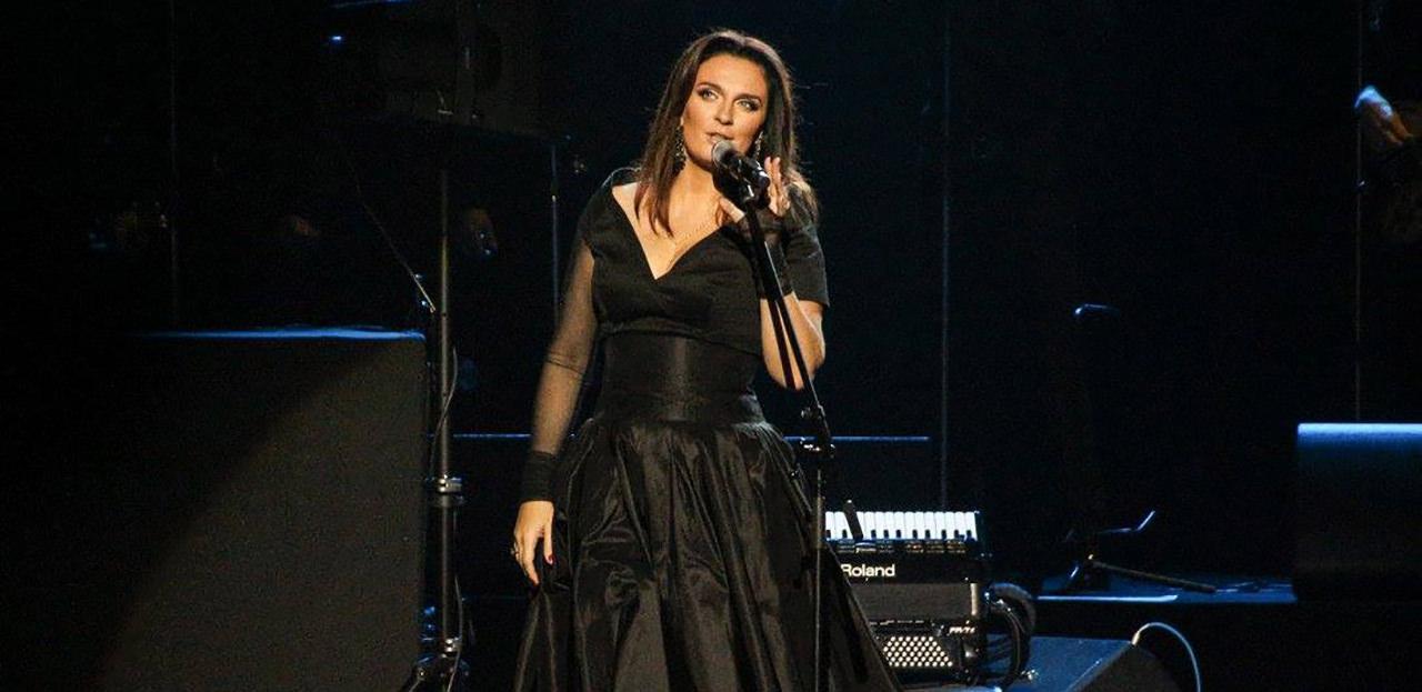 Elena VAENGA in concert