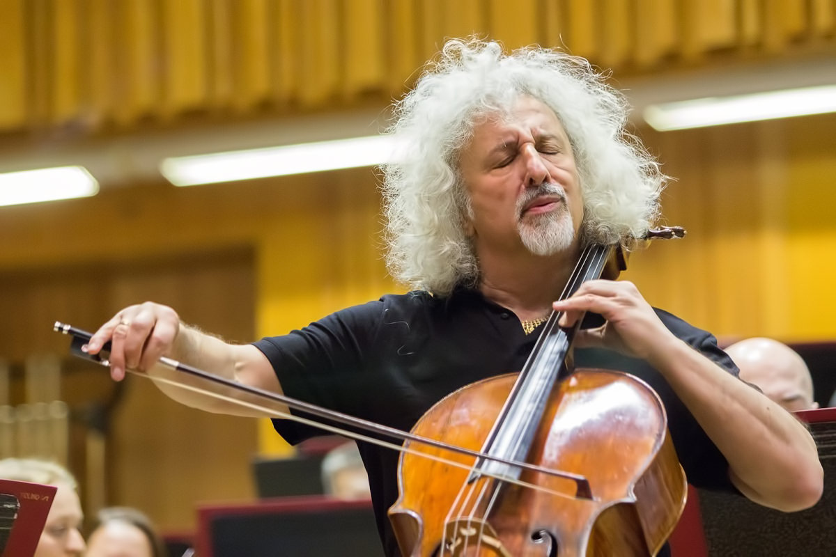 Mischa MAISKY Plays All Bach Cello Suites in One Day